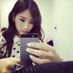SNSD Taeyeon [SELCA] Instagram