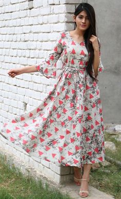 Buy The Secret Label Multi Color Rayon Slim Fit triangle flared maxi online in India at best price.Fit and flare triangle print maxi dress with side pockets. Frock Dress, The Dress, Dress Skirt, Casual Dresses, Fashion Dresses, Fashion Blouses, Frock Design, Anarkali Dress, Kurta Designs