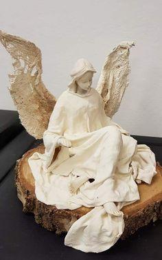 Drywall Mud, Plaster Art, Angel Wings, Kitchen Flooring, Craft Tutorials, Glass Jars, Mixed Media Art, Art Dolls, Sculpture
