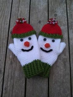 Here& a great craft idea: crochet snowman! Here& a great craft idea: crochet snowman! Here& a great craft idea: crochet snowman! Baby Knitting Patterns, Crochet Mitts, Crochet Gloves, Ravelry Crochet, Mittens Pattern, Baby Mittens, Crochet Winter