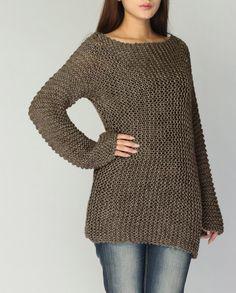 ¡Este es versión larga de mi pequeño favorito portada hasta suéter! Es stylelish y único. Usé hilo grueso de alta calidad 100% algodón súper suave en un tono agradable de color Mocha. La manga es extra larga. Vienen más colores nuevos.  Tamaño: S(0-4) M(6-8)L(10-12)XL(12-14)  Hecho a la