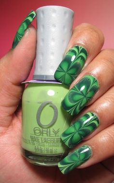 ♥♥♥My Simple Little Pleasures: NOTD: Four Leaf Clover Water Marble + Tutorial. Shamrock. St Patrick's Day manicure : )