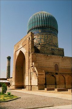 SAMARKAND - Bibi-Khanym masjid by k_man123, via Flickr