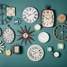 awesome Stylish Clock Design Ideas With Photo Wall Decorations To Have Diy Clock, Clock Decor, Diy Wall Decor, Home Decor, Clock Ideas, Wall Clock Art, Diy Wall Clocks, Wall Decorations, Wall Art