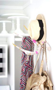 Blogger Spotlight // Kristi Murphy - DIY taxidermy coat rack
