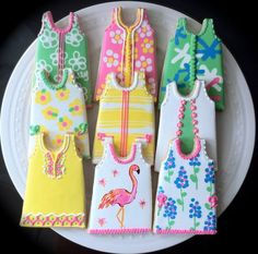 Items similar to Lilly Pulitzer Inspired Shift Dress Decorated Cookies, Perfect for your summer party. on Etsy Cookies Decorados, Galletas Cookies, Cute Cookies, Cupcakes, Cupcake Cookies, Biscuits, Cookie Designs, Cookie Ideas, Cookie Recipes