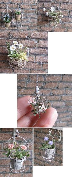 Very beautiful little hanging plants. Miniature Plants, Miniature Fairy Gardens, Miniature Dolls, Quilled Creations, Fairy Crafts, Fairy Furniture, Mini Plants, Fairy Garden Accessories, House Accessories
