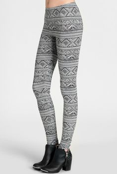 ok so it's a weird picture but i like the leggings.