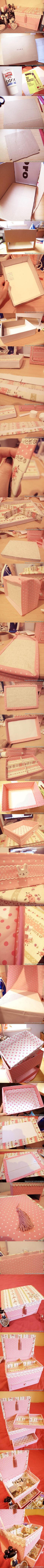 DIY Vintage Floral Cardboard Jewelry Box | iCreativeIdeas.com Like Us on Facebook ==> https://www.facebook.com/icreativeideas