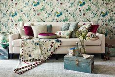 Bold Floral Home Decor Inspiration - Living After Midnite Design Your Home, House Design, Modern Furniture, Home Furniture, Family Room Design, Vinyl Wallpaper, Bedroom Themes, Fashion Room, Modern Room