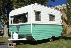 Vintage glamping travel trailers continue to be the Glamper's method of preference!