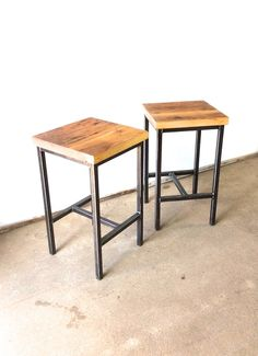These reclaimed wood backless stools are the perfect seat for your counter or bar space. The base is hand welded and their lovely old-growth reclaimed pine seats are planned and hand sanded to perfection. They are smooth to touch and have all the beautiful character of reclaimed wood!