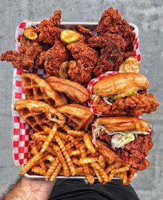 Bewitching Is Junk Food To Be Blamed Ideas. Unbelievable Is Junk Food To Be Blamed Ideas. Think Food, I Love Food, Good Food, Yummy Food, Awesome Food, Yummy Snacks, Tasty, Comida Disney, Kreative Desserts