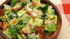 Caesar Salad with crisp homemade croutons and a light caesar dressing. This Clas… Caesar Salad with crisp homemade croutons and a light caesar dressing. This Classic Ceasar Salad Recipe will impress your dinner guests! Ceaser Salad Recipe, Caesar Recipe, Kitchen Recipes, Cooking Recipes, Healthy Recipes, Homemade Ceasar Salad, Caesar Dressing Homemade, Sauces, Vegetables