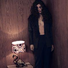 Костюм с съёмными перьями #DariaBardeeva в съёмке для журнала @grazia_ru 🕶🌿❤️style: Алиса Жидкова photo: Илья Вартанян  #DariaBardeevaSuit