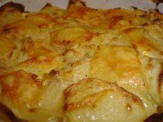 Alors là, voici une découverte pour moi ! Un gratin au boursin, mais alors c'est trooooop bon, des pommes de terre fondantes et bien relevées grâce au fromage, en bref un plat gourmand en 10min chrono ! Ingrédients : 1gousse d'ail coupée en 2 1petite...