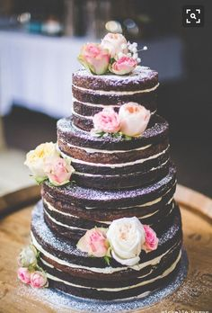Naked Cake, Hochzeitstorte mit rosafarbenen Rosen, vierstöckig, Hochzeitstorte ohne Fondant #NakedCake #Hochzeitstorte #Hochzeit