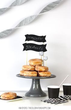 How To Make A Chalkboard Cake Topper + How To Write Beautifully On It! | @kimbyers #graduation #chalkboard