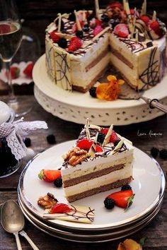 Slice mango and lime cake No Salt Recipes, Baking Recipes, Cake Recipes, Dessert Recipes, Cake Cookies, Cupcake Cakes, Chocolate Caramel Cake, Lime Cake, Desserts Menu