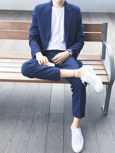 mens_fashion - 99 Smart Men Outfits Ideas That Look Handsome Korean Fashion Men, Asian Fashion, Mens Fashion, Stylish Mens Outfits, Casual Outfits, Fashion Outfits, Mens Casual Suits, Fashion Sites, Fashion News