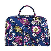 http://www.verabradley.com/product/weekender-travel-bag/alpine-floral/1001684_203096.uts?Nr=AND(Content Type:product)
