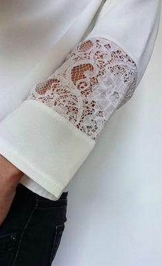 Manche dentelle , top cousu main , handmade fashion, Frénésie et moi - Women Style Kurti Sleeves Design, Sleeves Designs For Dresses, Sleeve Designs, Sewing Clothes, Diy Clothes, Fashion Details, Diy Fashion, Sewing Sleeves, Couture Sewing