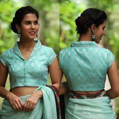 Designer blouse patterns back neck Trendy blouse designs Cotton Saree Blouse, Saree Blouse Patterns, Designer Blouse Patterns, High Neck Saree Blouse, Latest Blouse Patterns, Floral Blouse, Blouse Back Neck Designs, Fancy Blouse Designs, Boat Neck Designs Blouses