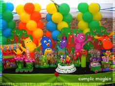 Decoración en globos & Candy Bar Backyardigans  http://www.cumplemagico.com/