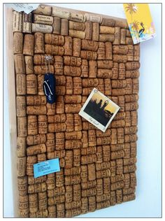 Upcycled cork into corkboard
