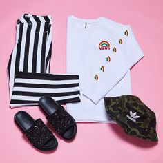 "29.8 mil Me gusta, 145 comentarios - ASOS (@asos) en Instagram: ""Camo, stripes, jewels AND rainbows?! Say no more. 🔎: 952372, 1035867, 969402, 981193"""