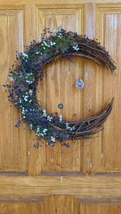 Hippie Crafts, Diy And Crafts, Arts And Crafts, Moon Crafts, Wiccan Crafts, Diy Wreath, Witch Wreath, Ramadan Decorations, Arte Floral