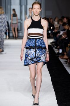 Giambattista Valli Spring 2015 Ready-to-Wear - Collection - Gallery - Look 31 - Style.com
