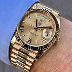 Forget performance, a luxurious watch attached to a wrist just always appears to be a significant enhancement to any wardrobe. Brand names like Rolex and Cartier carry an air of authority that real… Sport Watches, Cool Watches, Watches For Men, Dream Watches, Wrist Watches, Rolex Gmt, Rolex Datejust, Rolex Boutique, Hulk