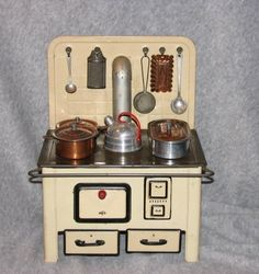 Vintage German MFZ Tin Lithographed Stove and Accessories