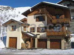 Apartment Levassaix 73440 les Menuires Les ménuires Apartment Levassaix 73440 les Menuires offers accommodation in Les Menuires, 1.2 km from Rocher Noir Ski Lift. The unit is 1.3 km from Tortollet. Menuires Ski Lift is 1.