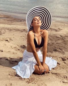 DOROTKA GARDIAS - 2020 . Hats, Instagram, Fashion, Moda, Hat, Fashion Styles, Fasion, Hipster Hat, Caps Hats