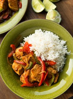 Poulet yassa de Boucar Diouf Confort Food, 20 Min, Chicken Recipes, I Am Awesome, Good Food, Curry, Rice, Favorite Recipes, Healthy Recipes