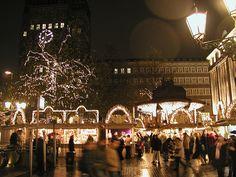 Dusseldorf Christmas Market 2005 006  ©haryoung