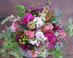 Love the colours and tones in this Paula Pryke arrangement.