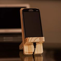 Make DIY Mobile cell phone holder stand. This Mobile Phone stand is Adjustable D - Iphone Holder - Ideas of Iphone Holder - Make DIY Mobile cell phone holder stand. This Mobile Phone stand is Adjustable Display stand Iphone S6 Plus, Iphone Phone, Ipod, Phone Cases, Wood Phone Holder, Iphone Holder, Charger Holder, Phone Charger, Tablet Holder