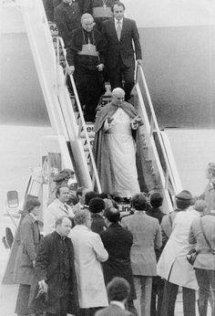 Pope John Paul II Arrives At Logan Airport