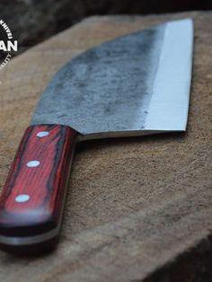 Almazan Kitchen Knife 7 #SurvivalZombieKnives Trench Knife, Cleaver Knife, Fancy Kitchens, Knife Sharpening, Custom Knives, Knives And Swords, Chef Knife, Knife Sets, Knife Making
