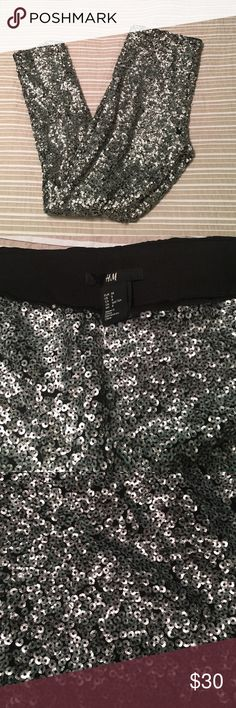 Sequined H&M Leggings Perfect party look! Sequined leggings, very comfortable and not at all itchy. Size 8 but H&M runs small, I usually wear a 6. Worn once, flawless condition. H&M Pants Leggings