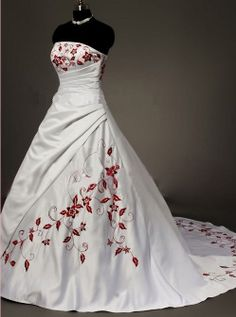 Strapless embroidered wedding dress custom bridal train by VEIL8, $129.00