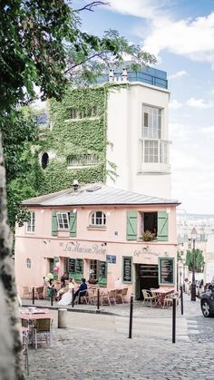 Le Consult Address: 18 Rue Norvins, 75018 Paris, France 1 46 06 50 63 * A Montmartre staple! — — La Maison Rose Address: 2 Rue de l'Abreuvoir, 75018 Paris, France 1 42 57 66 75 * A … Oh The Places You'll Go, Places To Travel, Places To Visit, Paris Travel, France Travel, France Europe, Oh Paris, Montmartre Paris, Paris In Spring