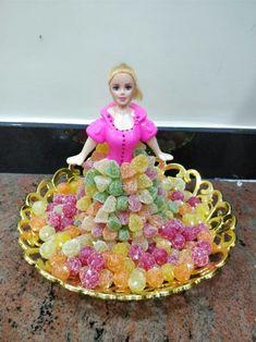 Thali Decoration Ideas, Diy Diwali Decorations, Rangoli Designs Flower, Rangoli Designs Diwali, Wedding Plates, Wedding Boxes, Naming Ceremony Decoration, Marriage Decoration, Bridal Gift Wrapping Ideas