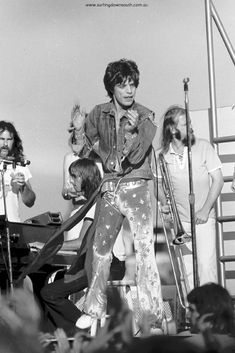 1973 The Rolling Stones – Perth concert images by Ric Chan – Surfing Down South