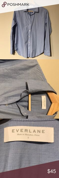 Everlane relaxed poplin shirt Blue, relaxed fit collared shirt. Excellent condition. Everlane Tops Button Down Shirts