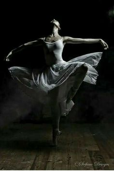 Dance Images, Dance Photos, Dance Pictures, Shall We Dance, Just Dance, Photo Yoga, Ballet Dancers, Ballerinas, Grace Beauty