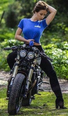 Lady Biker, Biker Girl, Chicks On Bikes, Bike Leathers, Moto Bike, Hot Rides, S Girls, Female Models, Vespa